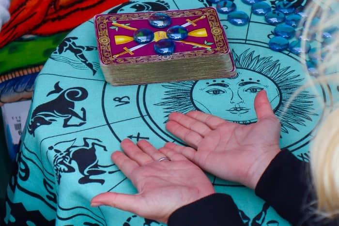 Mensagem espiritual das cartas ciganas